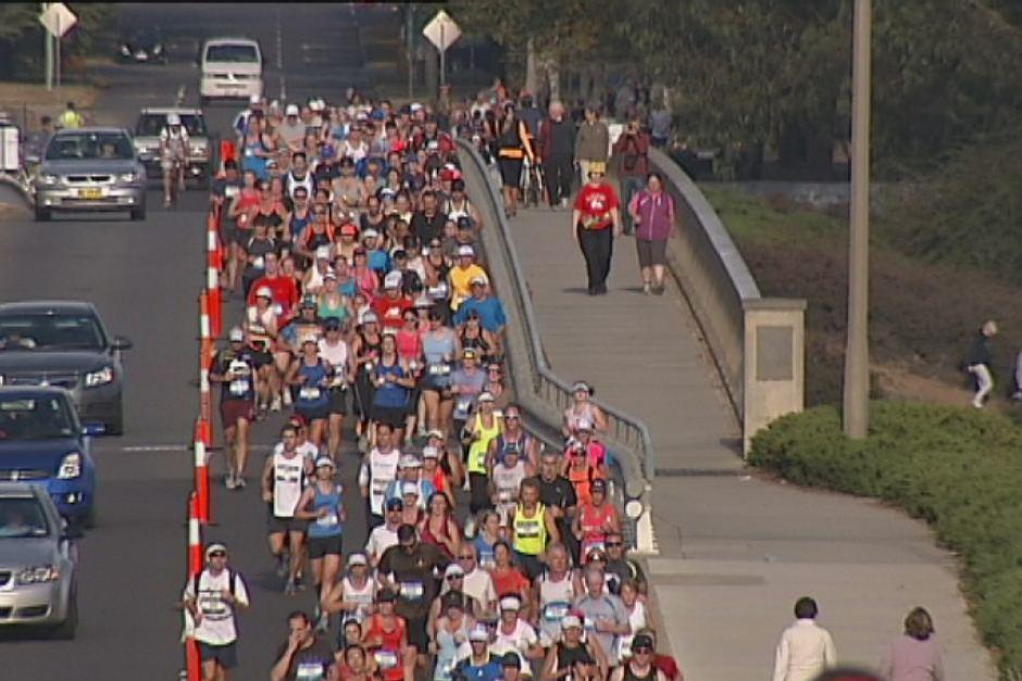 Canberra marathon on Kings Avenue